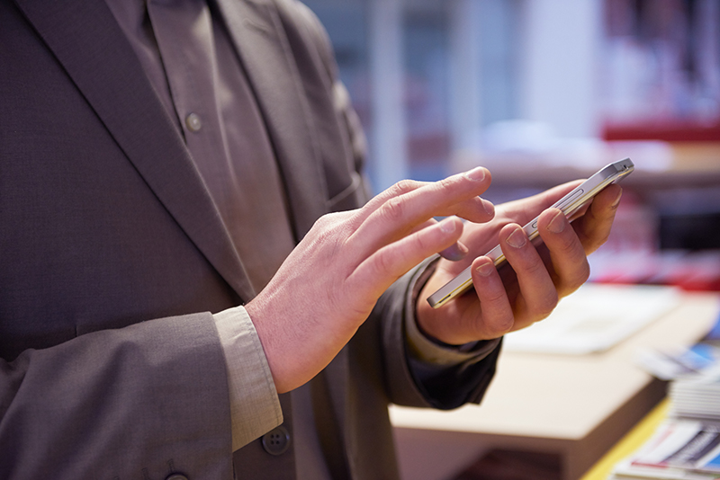 Using SMS Marketing To Grow Your Business